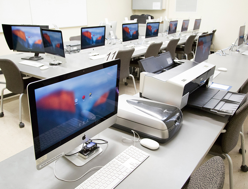 iMac Lab with Inkjet Printers and scanners